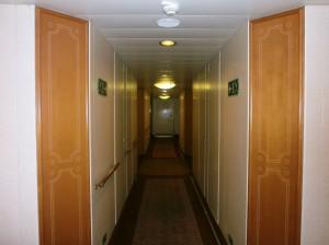 Suite corridor on Eight Deck